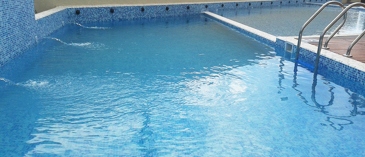 Piscina in-out
